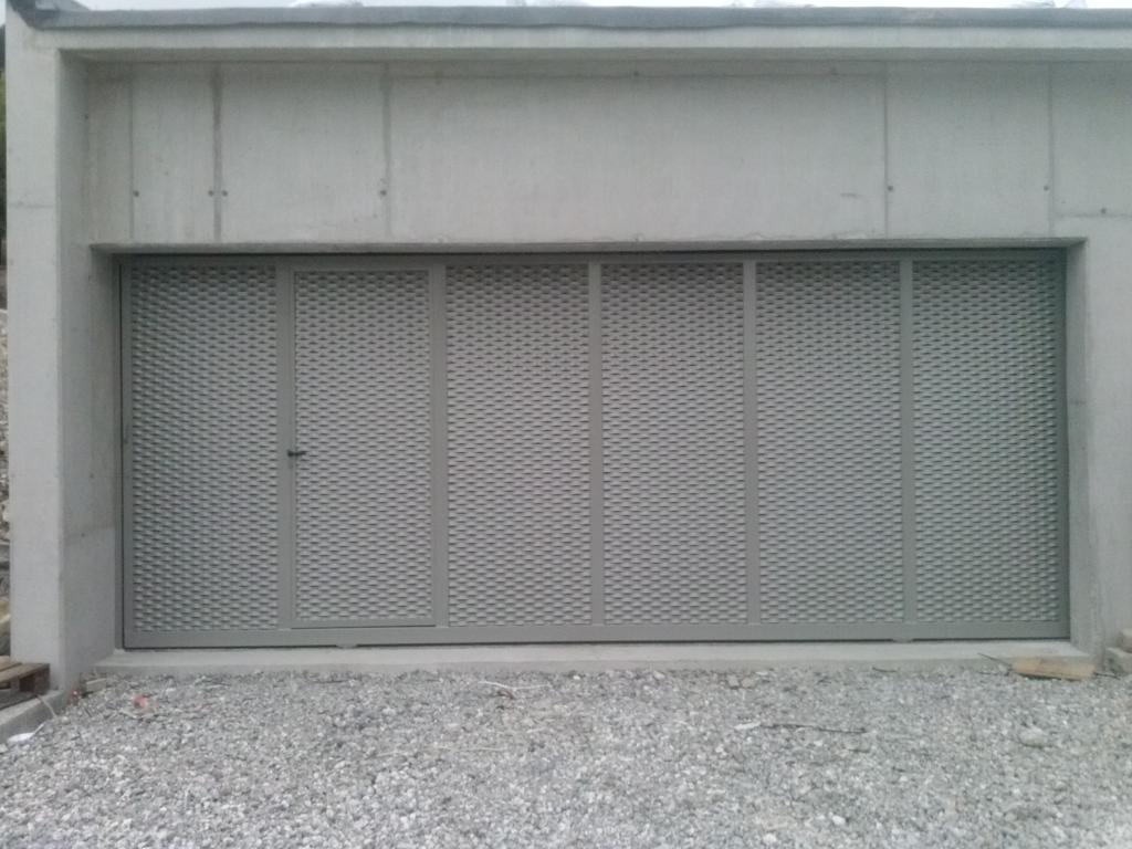 Puertas correderas cercados orsal - Carril para puerta corredera ...