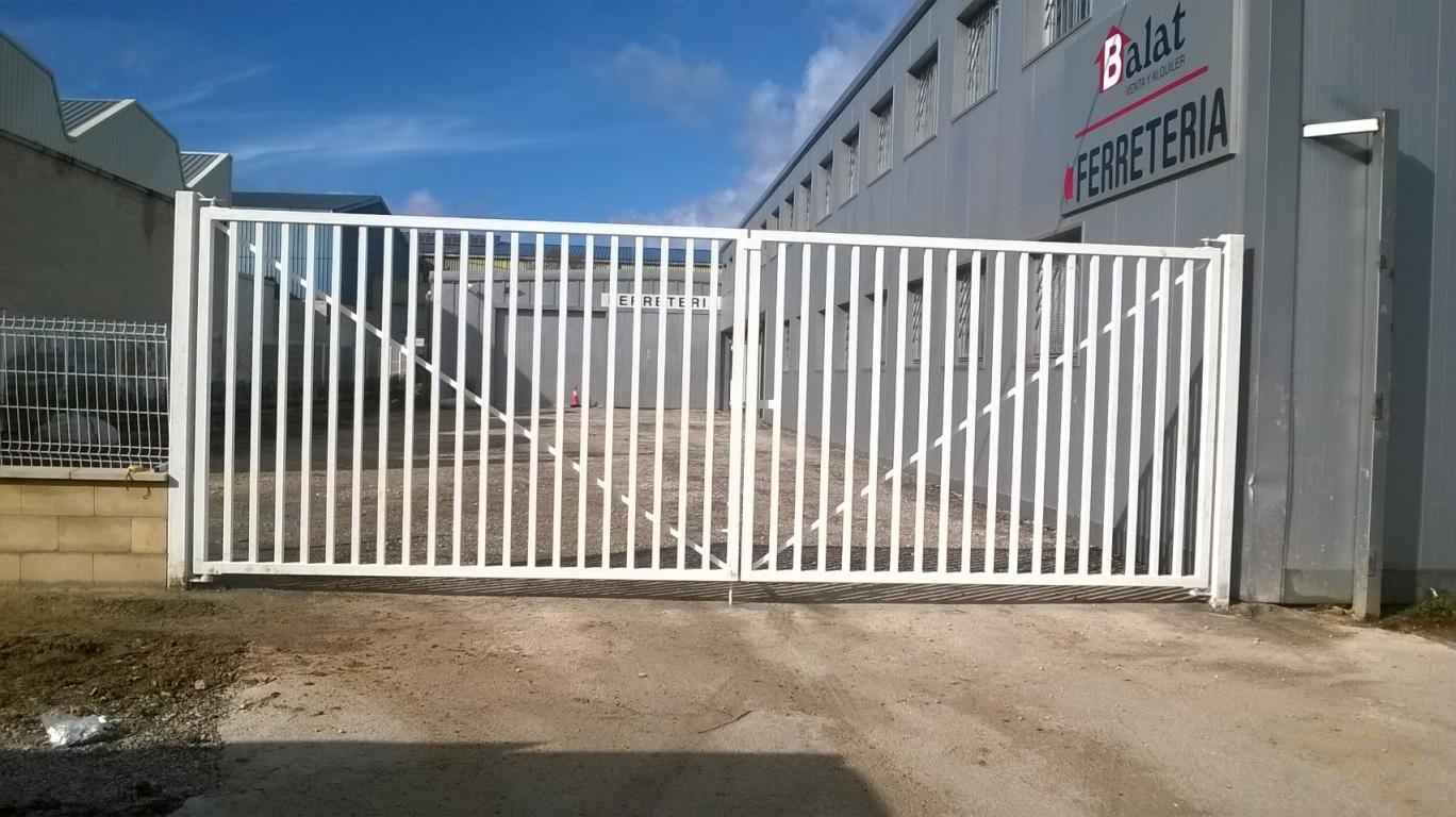 Puertas de cancela giratorias cercados orsal for Puertas para cercados